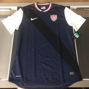 NWT OFFICIAL Nike USA Mens Soccer Jersey XL RARE